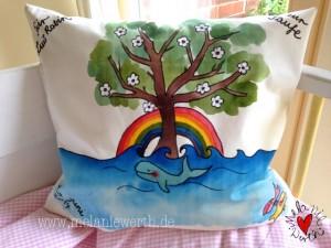 Kuschelkissen mit Taufkerzen Motiv, Taufkissen mit Regenbogen, Kuschelkissen mit blühendem Baum, Kissenbezug für Mädchen, Kissenbezug mit Taufspruch, Geschenk Patenkind