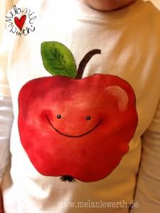 Shirt mit Apfel, Kissenbezug mit Apfel, Apfelkissen, Apfelhirt, roter Apfel,