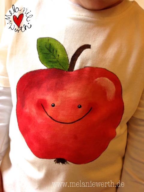 besondere Geschenke zur Geburt, personalisiertes Geschenk zur Geburt, neugeborenen Geschenk, Geschenke zur Geburt mit Namen, bleibende Geschenke zur Geburt, Geschenke zur Geburt 2. Kind, Geschenke zur Geburt 3. Kind, Shirt mit Apfel, Kissenbezug mit Apfel, Apfelkissen, Apfelhirt, roter Apfel,