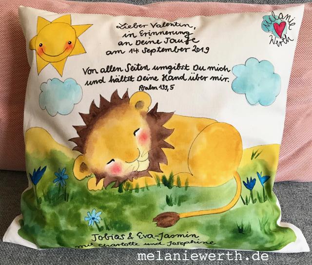 Kinderkissen, schlafender Löwe, Kissen zur Taufe aus Bio-Baumwolle