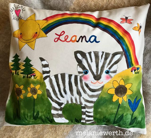Kinderkissen mit Katze, Kissen für Kinder mit Namen, Kissen zur Geburt, Regenbogen Kissen